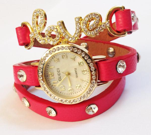 خرید ساعت مچی زنانه طرح love